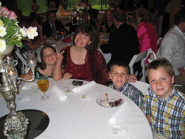 Mb_kids_at_wedding